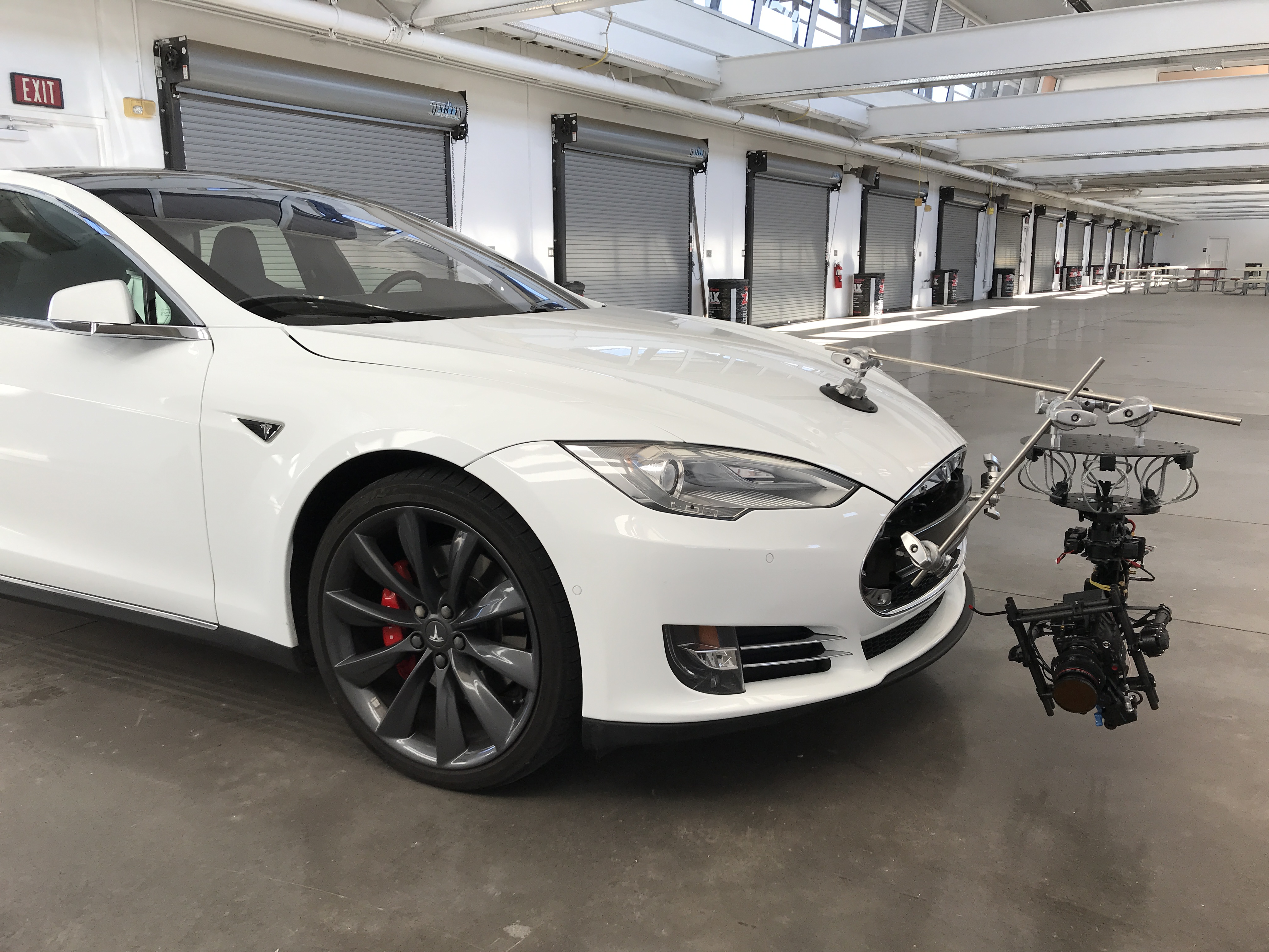 Tesla pursuit car